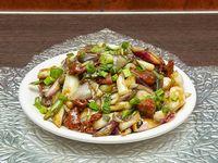 77 - Carne con cebolla de verdeo