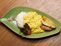 Comida Casera - AJí de gallina con papas horneadas y arroz