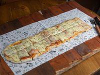 Pizza muzzarella (1/2 metro)