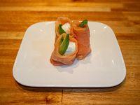 Geisha de salmón ahumado (2 unidades)