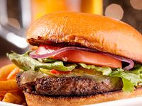 Hamburguesa Ranchera con Carne Angus + Bebida 250 ml