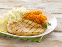 Pollo Grille con Puré Mixto