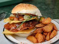 Hamburguesa Religión + papas fritas