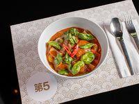 Curry rojo con cachete de ternera