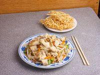 103 - Fideo crocante con pollo
