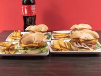 Combo 8 - 4 sándwiches de pollo apanado cheese o italianos + papas fritas + bebida 1.5 L