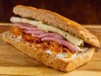 Sándwich de Jamón + Gaseosa 250 ml