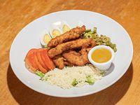 Ensalada de pollo frito