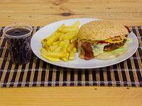 Combo Hamburguesa Clásica + Papa Francesa + Gaseosa