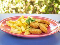 Menú niños - Nuggets de pollo con agregado + jugo Andifrut en caja