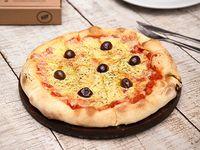 Pizza a los 4 quesos
