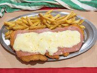 Milanesa con jamón y muzzarella