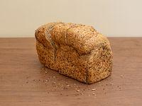 Pan rebanado multigrano