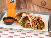 Chulísima - 2 tacos al pastor + salsa Chula + bebida soft