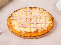 Pizzeta muzzarella con jamón