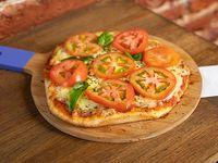 Combo - Pizzeta individual con muzzarella, albahaca y tomate + refresco mini línea Coca-Cola