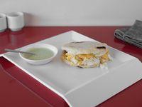 Arepa con Huevo Especial