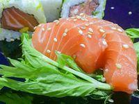 Sashimi de salmón (6 piezas)