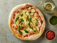 Pizza con cebolla caramelizada