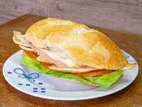 Sándwich de pechuga completo