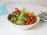 Ensalada con verduras asadas