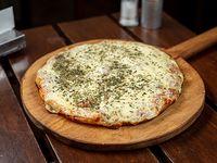 Pizzeta muzzarella 28 cm mas 1 fainá