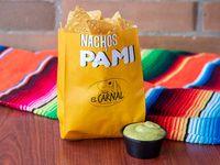 Nachos Pa´mi con Guacamole