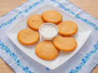 Combo - 6 arepitas fritas con nata (crema de queso)