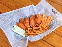 Chicken wings con acompañamiento (8 unidades)