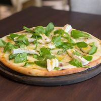 Pizza al queso brie
