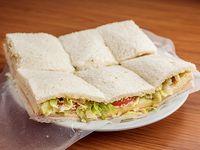 Sándwiches primavera (triples)