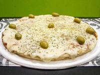 Pizza con muzzarella (8 porciones)
