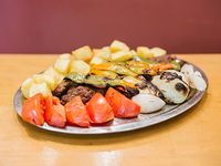 Shish kebab de ternera molida