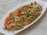 Fetuccine di spinaci (de espinaca)