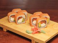 11 - Sake cheese roll (8 bocados)