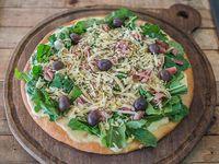 Pizza con rúcula mediana