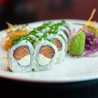 Urumaki hikari roll (10 piezas)
