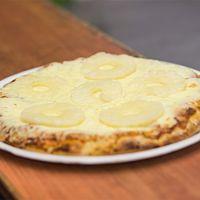 Pizzeta con muzzarella y ananá
