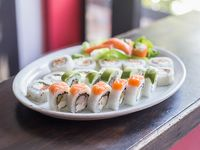 Tabla -18 piezas de sushi