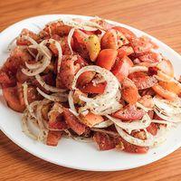 Ensalada de tomate con orégano